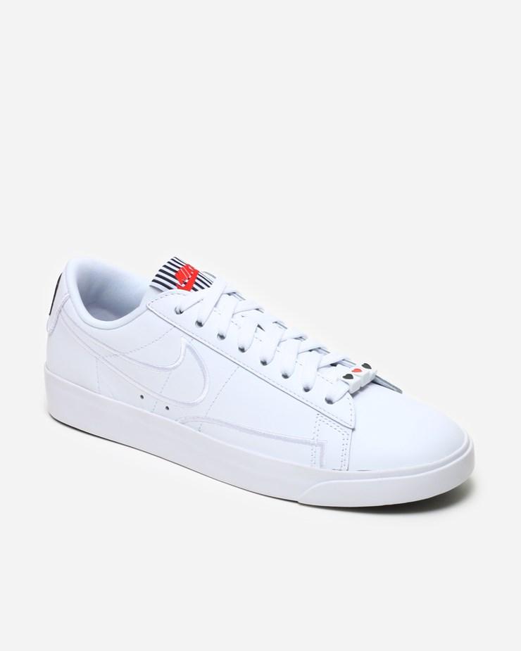 premium selection 70be4 25993 Nike Sportswear Blazer Low SE LX AJ0866 100 | White/Black ...
