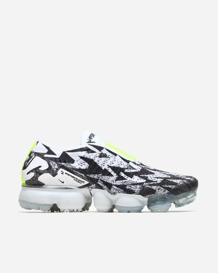 sports shoes fbfc5 1419c Nike Sportswear Acronym x Nike Air Vapormax FK Moc 2 Light BoneVolt