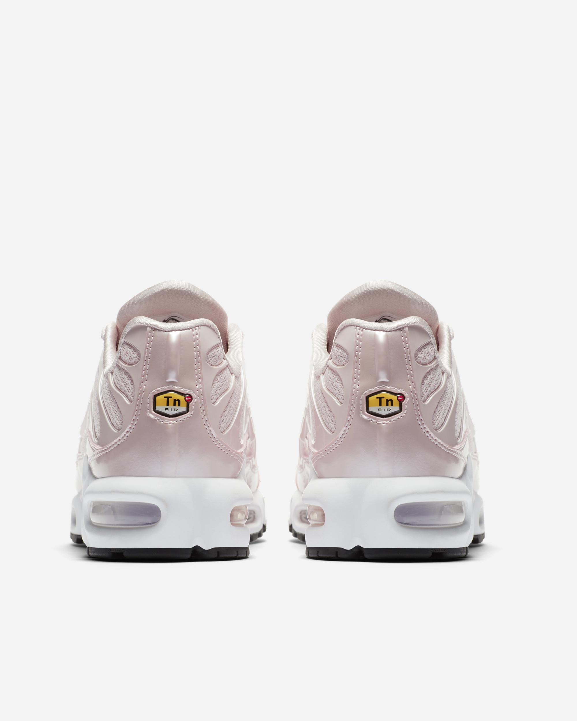 Nike Sportswear Air Max Plus TN Premium Barely Rose/Black | 848891 601