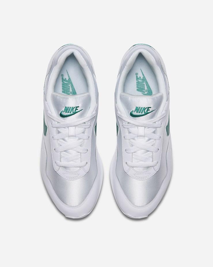 Nike Sportswear Outburst AO1069 102  f1fe1d3baf