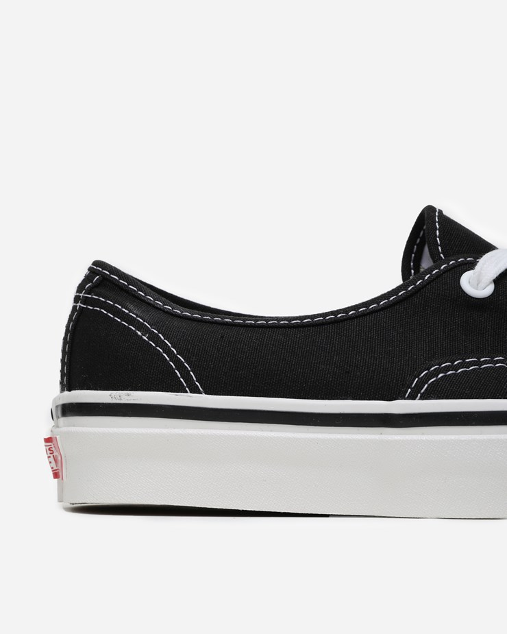 Pánské tenisky a boty Vans Authentic 44 DX Black/ True White
