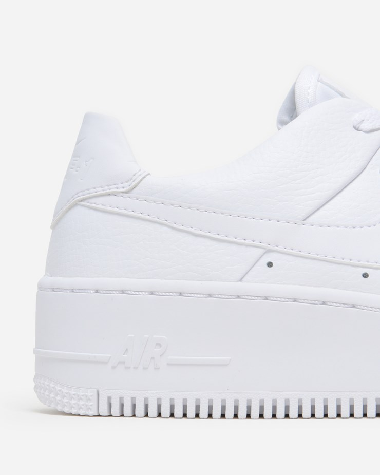 buy popular 60e32 7856d Air Force 1 Sage Low