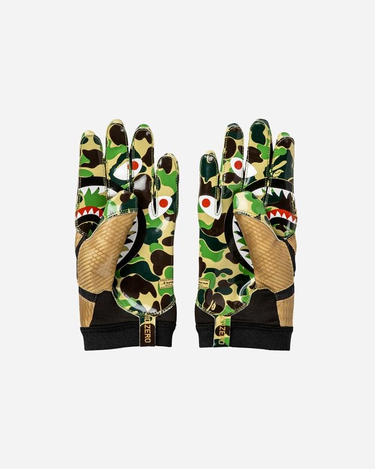 cf2dfd73e Adidas Originals adidas Consortium x BAPE  Superbowl  Gloves Green Camo