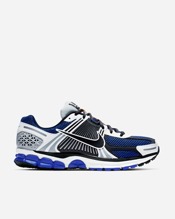 sports shoes 6da83 4bad7 Nike Sportswear Zoom Vomero 5 SE SP
