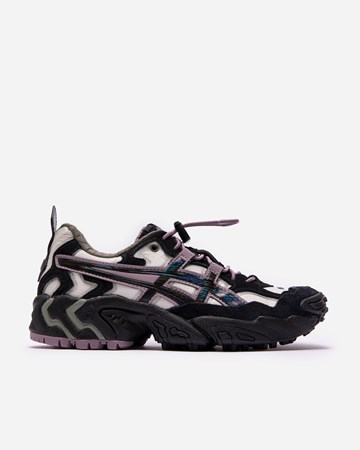 Asics x Pleasures Gel Nandi 36598